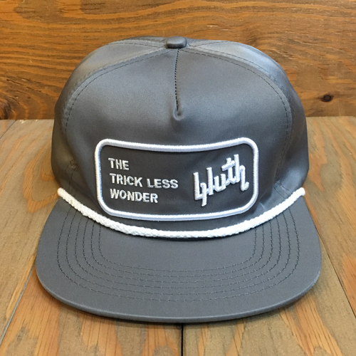 BLUTH 6 PANEL SNAPBACK CAP GREY