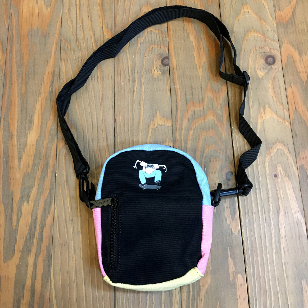 BUMBAG HENRY JONES COMPACT BLACK