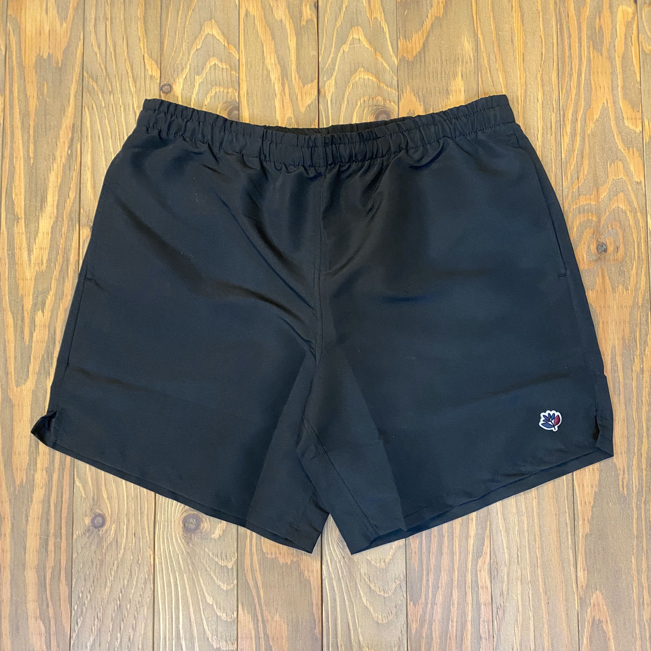 MAGENTA NYLON SHORTS BLACK