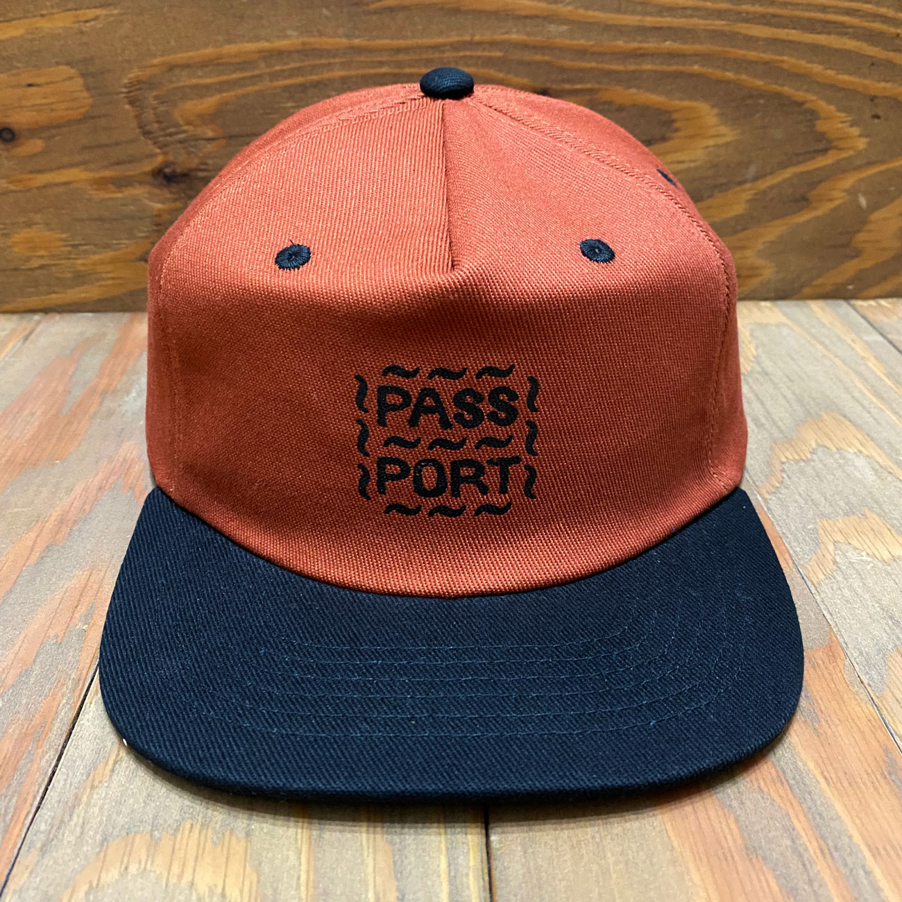 PASS~PORT MESSY LOGO 6PANEL CAP RUST/BLACK