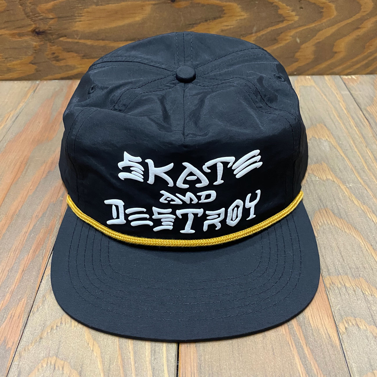 THRASHER SKATE AND DESTROY PUFF INK ROPE SNAPBACK